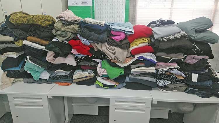 第一生命保険株式会社長野支社丸子オフィス様より、約500着の衣類が届きました♪