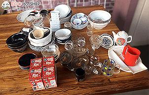 届いたお皿やお椀などの食器類 7