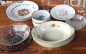 届いたお皿やお椀などの食器類 9